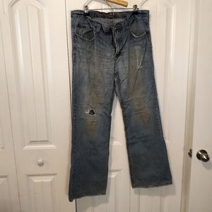 36 distressed jeans light wash